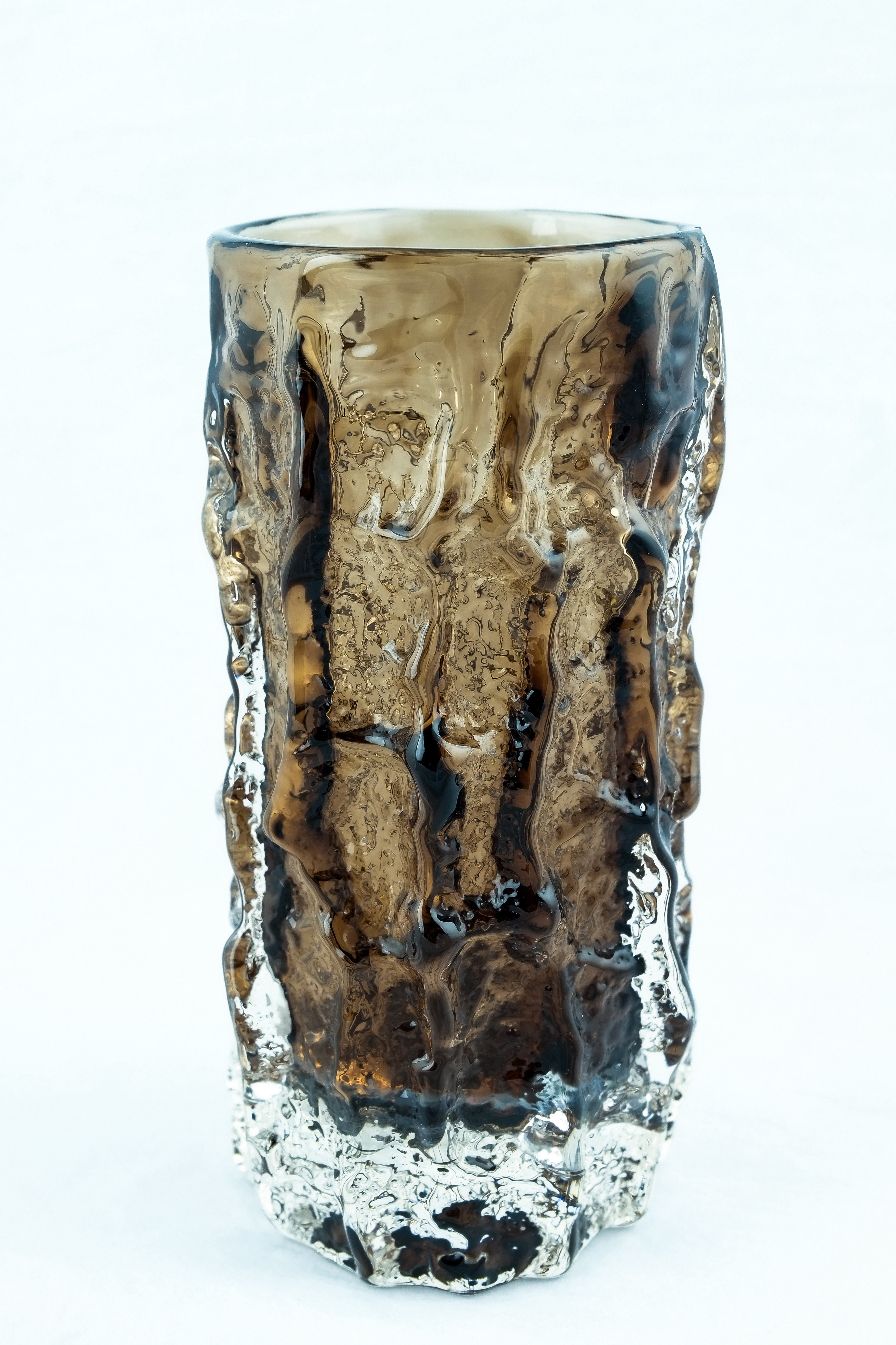 "Image of 6"" Bark Vase - Cinnamon"