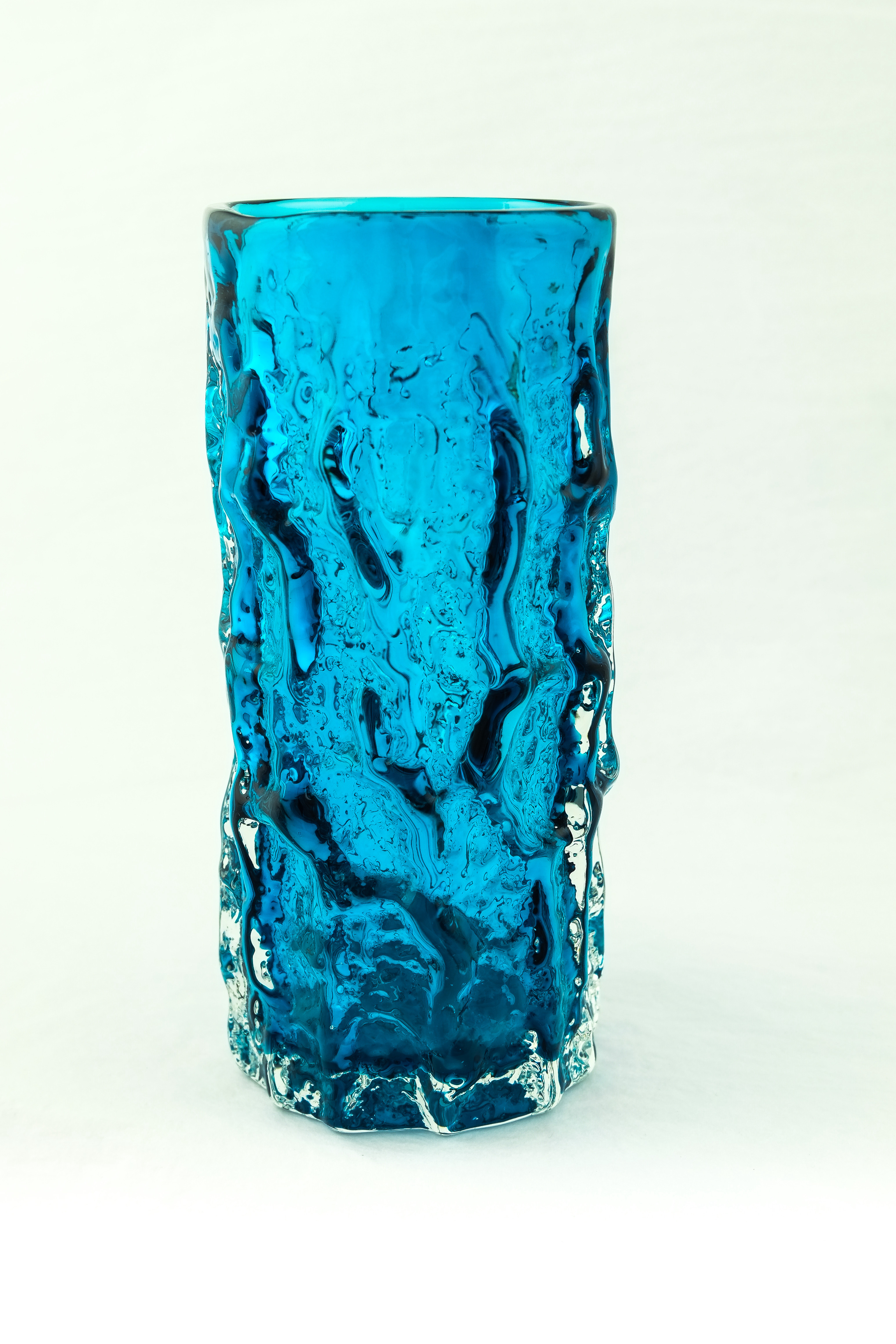 "Image of 6"" Bark Vase - Kingfisher"
